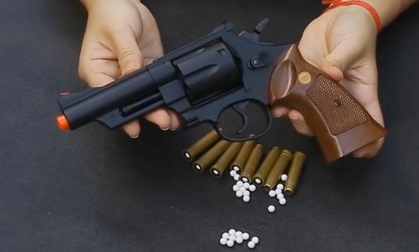 revolver-airsoft-uhc