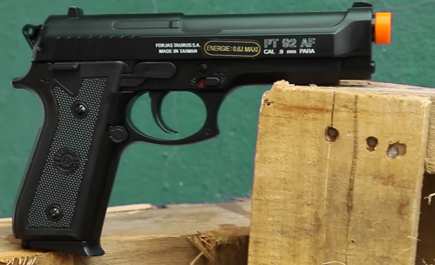 pistol-ventureshop-airsoft-taurus-pt92